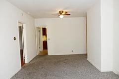 1025s11livingroom2
