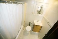 1222s14apt1bathroom[1]