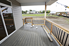 8105pinelakeporch[1]