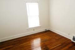 835s12bedroom2