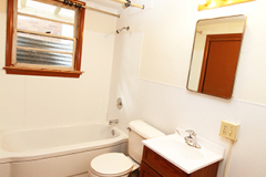 907s14bathroom