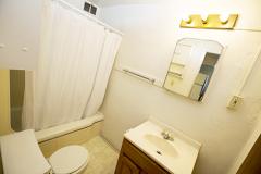 927s11apt6bathroom[1]
