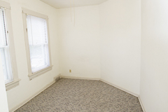 927s11apt6bedroom[1]